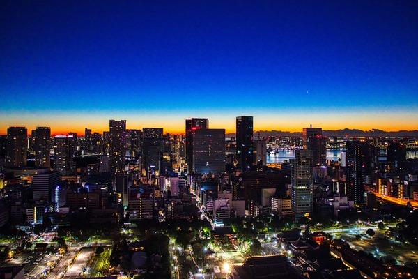 東京タワーから見た夜明けの東京夜景
