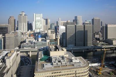 アパホテル<大阪肥後橋駅前>から梅田の超高層ビル群