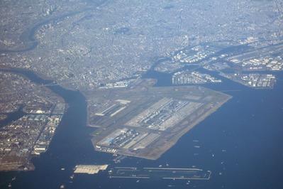 羽田空港の空撮