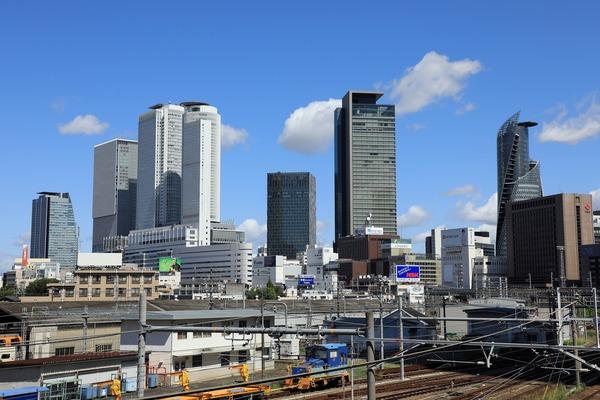 名古屋駅前の超高層ビル群