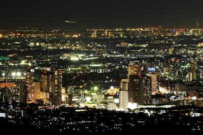 高尾山から見た橋本のタワーマンション群の夜景
