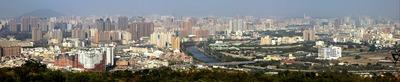 壽山(寿山)公園から見た台湾高雄市