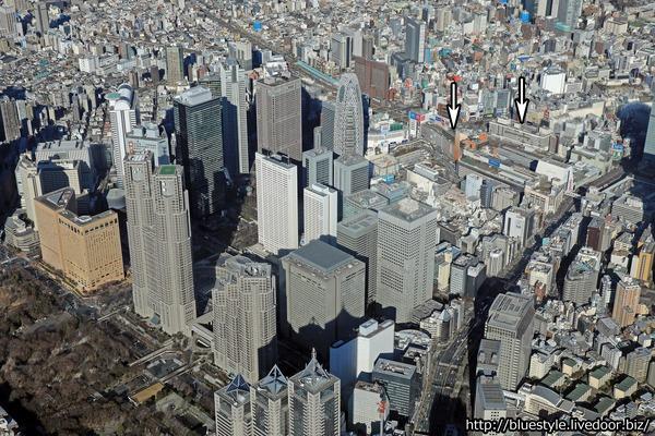 ルミネエスト新宿と小田急の高さ260mツインタワー