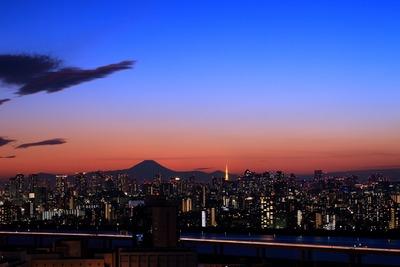 東京トワイライト