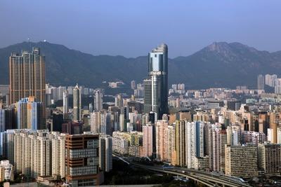 凱旋門(The Arch)から見た香港のタワーマンション群