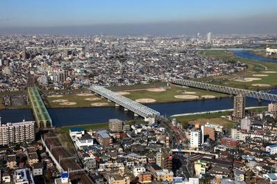 アイ・リンクタウン市川から見た江戸川