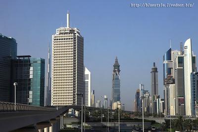 ドバイの超高層ビル群
