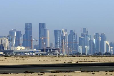 カタール・ドーハの超高層ビル群