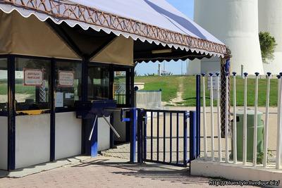 クウェート・タワーの入り口