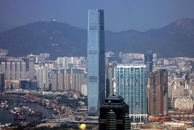香港のヴィクトリアピークから見たICC