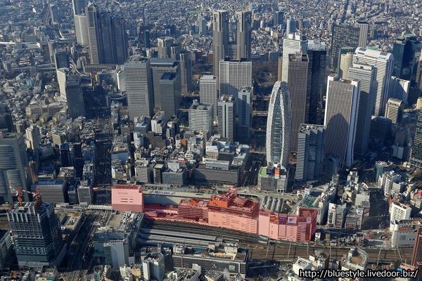 (仮称)新宿駅西口地区開発計画の計画地の空撮