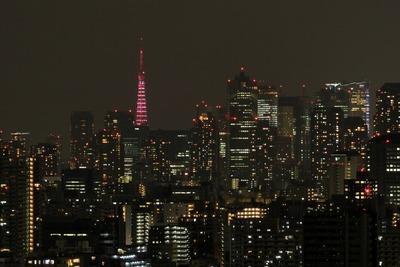 ピンクリボンの東京タワー