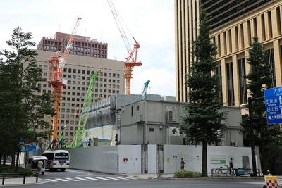 みずほ銀行前本店ビル(旧日本興業銀行本店)