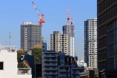 大崎から見た高輪台のタワーマンション群