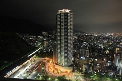 クラウンプラザ神戸からジークレフ新神戸タワーの夜景
