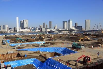 補助第315号線から見た豊洲新市場の建設現場