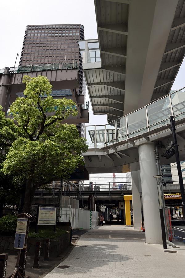 浜松町駅北口東西自由通路
