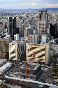 梅田スカイビルから見たグランフロント大阪オーナーズタワー