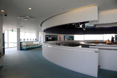 四日市港ポートビルの展望展示室「うみてらす14」
