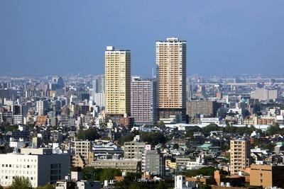 文京シビックセンターから日暮里のタワーマンション