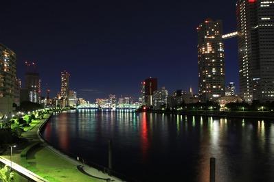 勝鬨橋方面の夜景