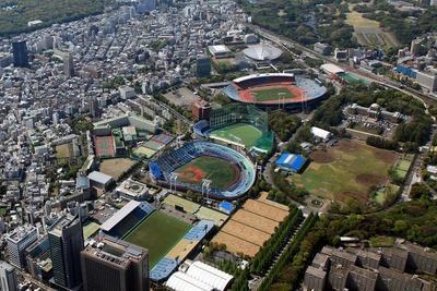 東京オリンピックの開会式が行われる国立競技場の空撮