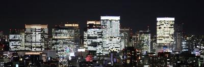 勝どきビュータワーから見た東京駅周辺の超高層ビル群の夜景