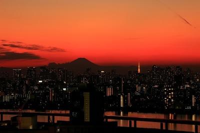 夕景と富士山と東京タワー
