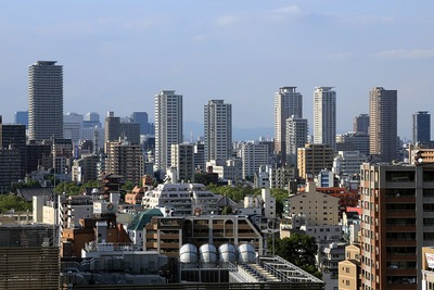 あべのハルカス11階トイレ前から見た上本町方面