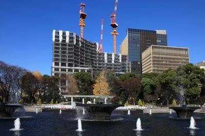 和田蔵噴水公園から見たパレスホテル建替計画