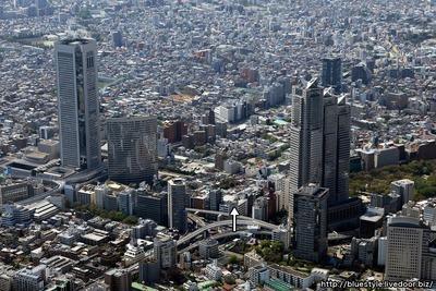 (仮称)西新宿3丁目複合計画方面の空撮