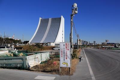 湾岸線東京港トンネル換気塔
