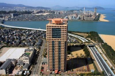 福岡タワーから見たスカイドリームフクオカ方面