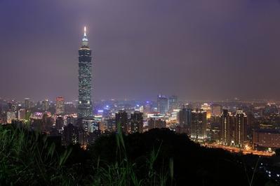象山から台北101方面の夜景