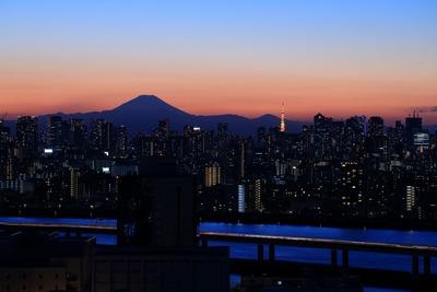 富士山方面の夕景