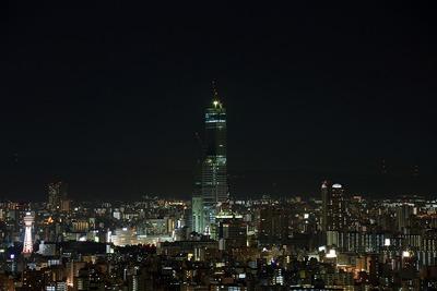 ホテル大阪ベイタワーから見たあべのハルカス