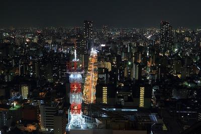 ホテル阪急インターナショナルから東側の夜景