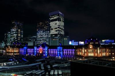東京駅メモリアルライトアップ
