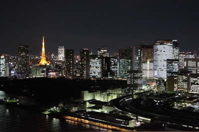 勝どきビュータワーから東京タワー方面の夜景