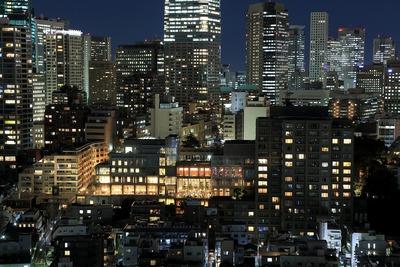 東京アメリカンクラブと麻布台パークハウス