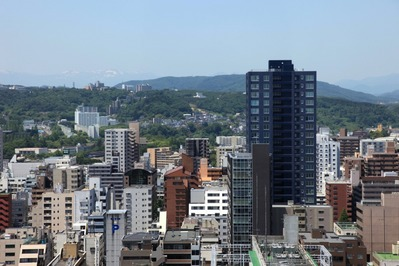 宮城県庁からシティタワー勾当台公園