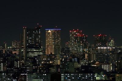 南千住のタワーマンション群の夜景