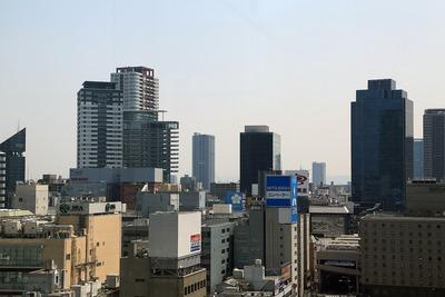 グランフロント大阪 南館タワーAから茶屋町方面の眺め