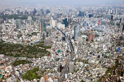 東京スカイツリーと東京タワーの同時空撮