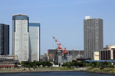 晴海大橋から見た豊洲シビックセンター