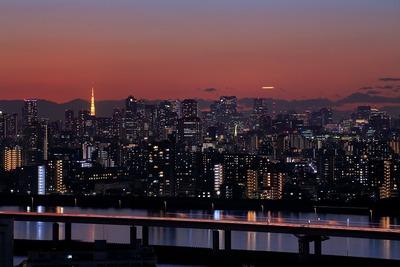 夕焼けと東京夜景