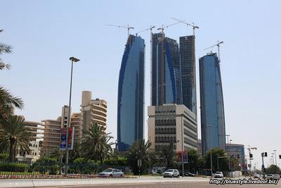 アブダビのエティハド・タワーズ(Etihad Towers)