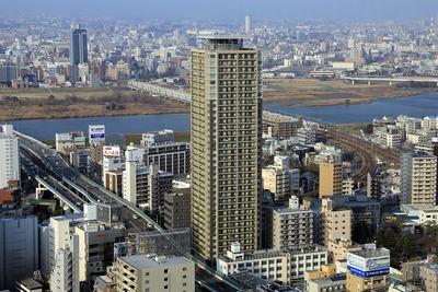 ホテル阪急インターナショナルから見たレジデンス梅田ローレルタワー