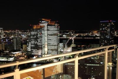 勝どきビュータワーから晴海方面の夜景