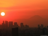 新宿と富士山と夕日 1600x1200